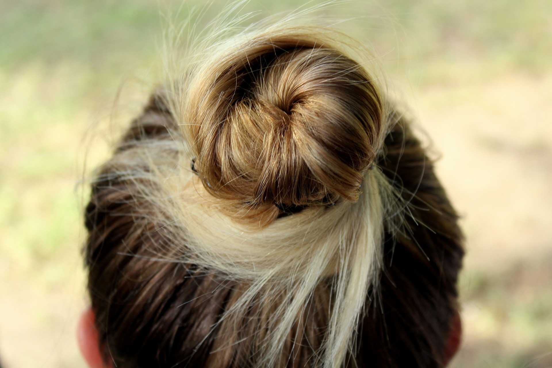 hairstyle-3693762_1920